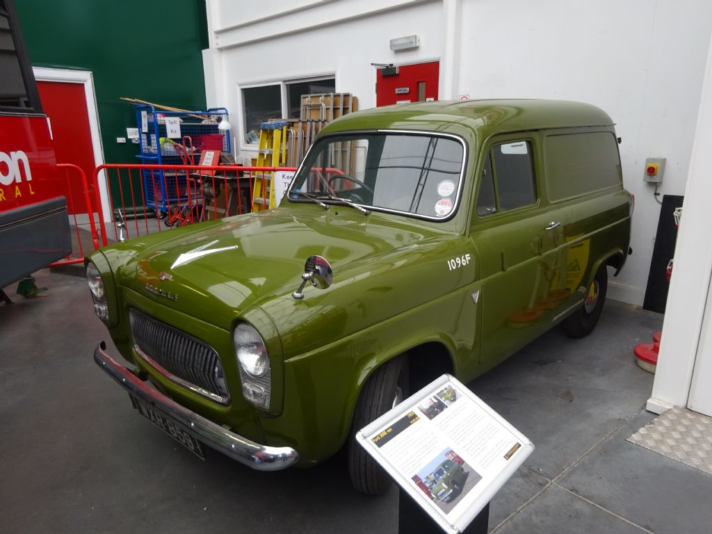 Ford Thames 300E